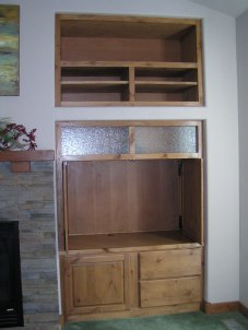 Full Built-in Entertainment Unit, pocket doors open and retracted